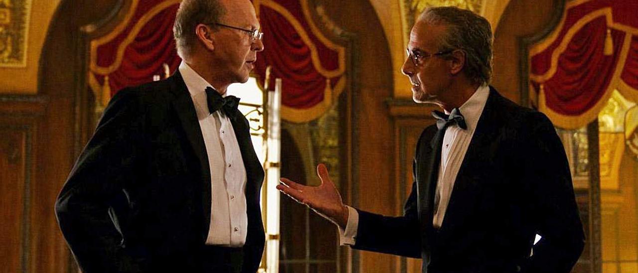 Michael Keaton, a la izquierda, y Stanley Tucci.