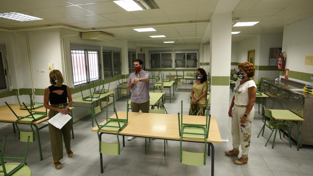 Los profesores de la Región podrán hacer sus horas complementarias desde casa