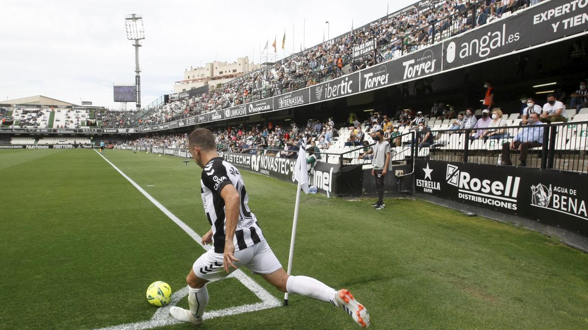 En el club albinegro confían en que no exista restricción alguna en el acceso de aficionados a Castalia durante la temporada 21/22.