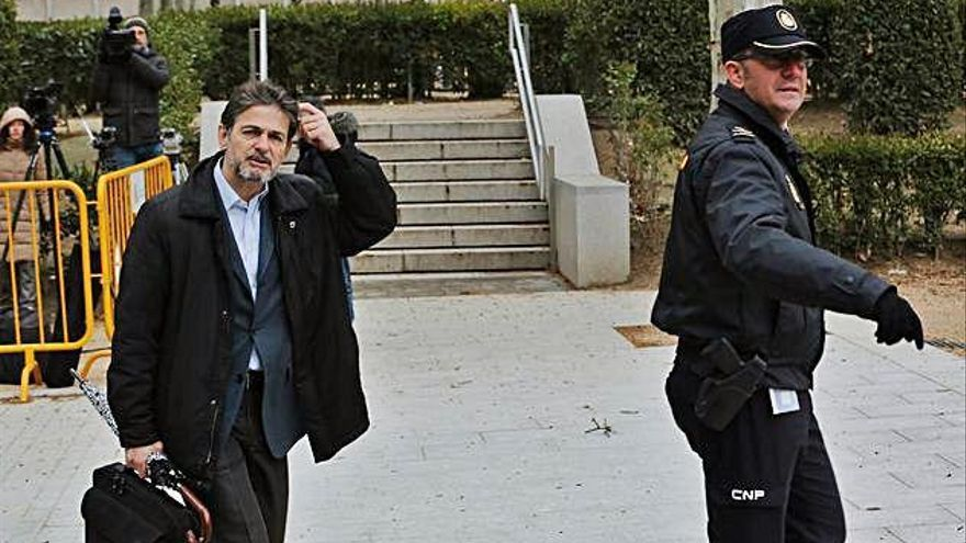 El Govern permet a Oriol Pujol sortir cada dia de la presó sense el tercer grau