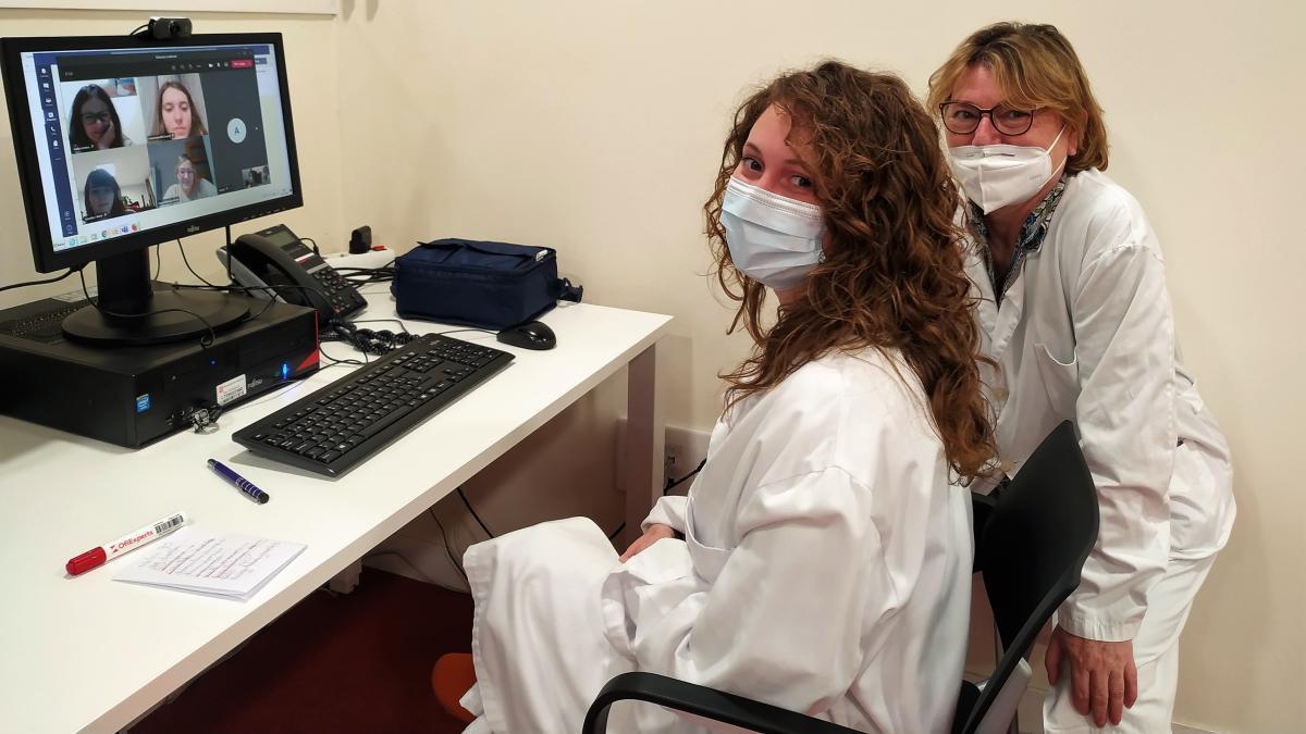 Una de les sessions virtuals de preparació al part.