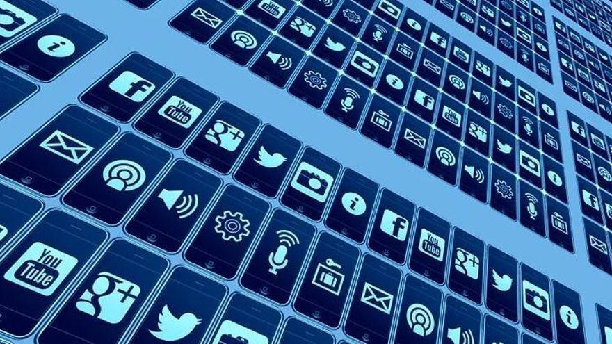 Les claus de l'èxit de Clubhouse, l'exclusiva xarxa social que certifica l'auge de l'àudio