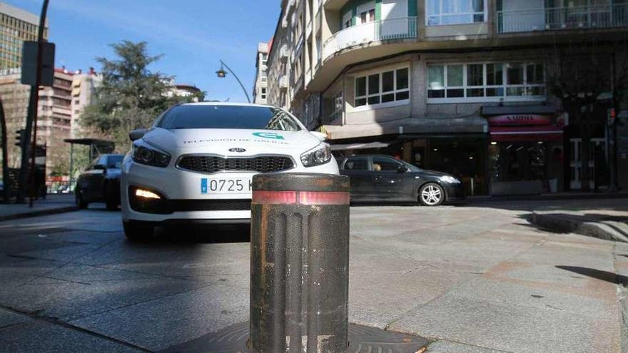 La Fiscalía archiva la denuncia anónima contra el alcalde de Ourense por suprimir los bolardos