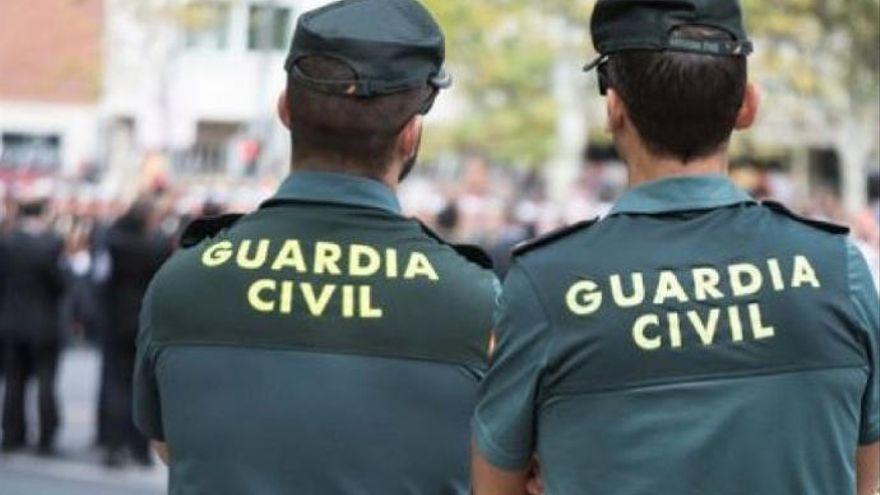 Investigan a una mujer por sustraer 6.000 euros de una vivienda en Candelaria