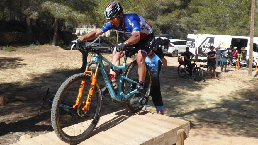 La élite del Mountain Bike entrena en La Nucía