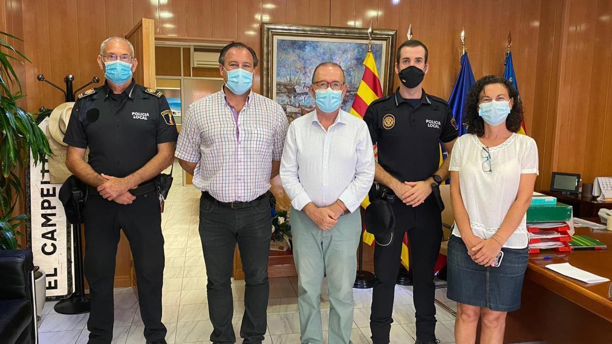 La plantilla de la Policía Local de El Campello se incrementa con la incorporación de dos nuevos agentes