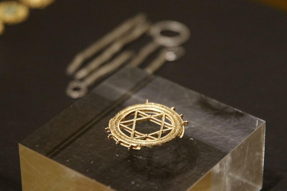 Presentado el tesoro andalusí de la Amarguilla