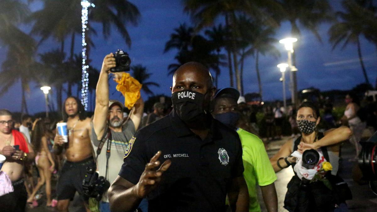 Un agente de la Policía de Miami