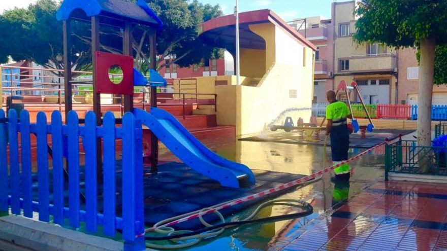 Telde reabre sus parques infantiles y los locales de las asociaciones vecinales