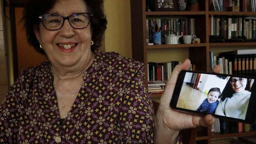 Los abuelos se conectan por la cuarentena
