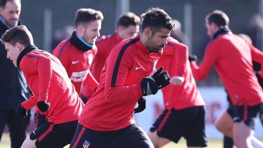 Caras nuevas en Atlético y Sevilla para evitar la sorpresa ante Lleida y Cádiz