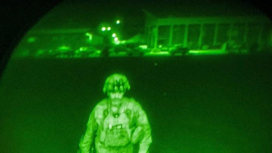 El último militar estadounidense en Afganistán, símbolo del repliegue final