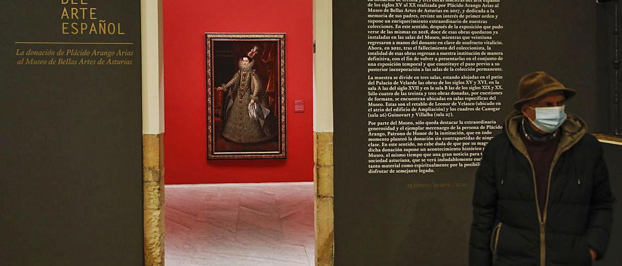 El acceso a la muestra con la donación Arango del Bellas Artes. | Luisma Murias.