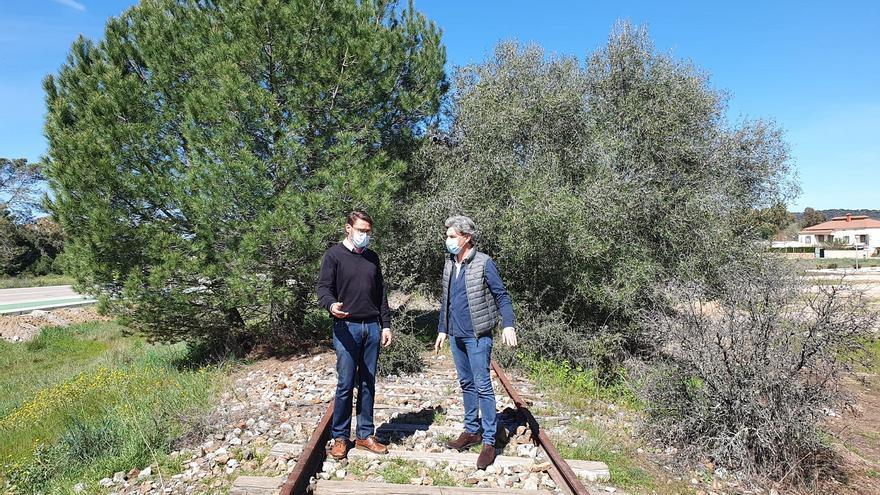 Córdoba y Obejo firman un convenio con Adif para hacer una vía verde