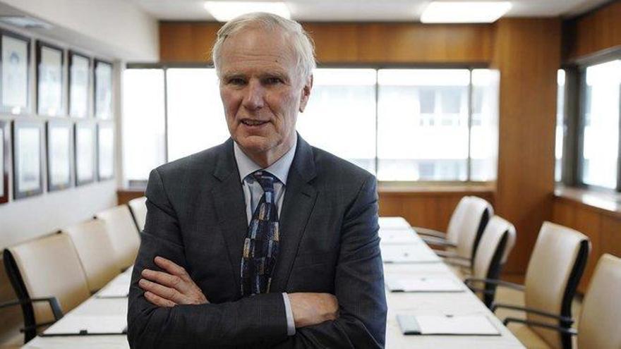 "Philip Alston: ""O España actúa contra la pobreza o habrá protestas como en Chile"""