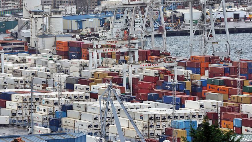 Caos logístico: las empresas gallegas pagan un 200% por el transporte de contenedores