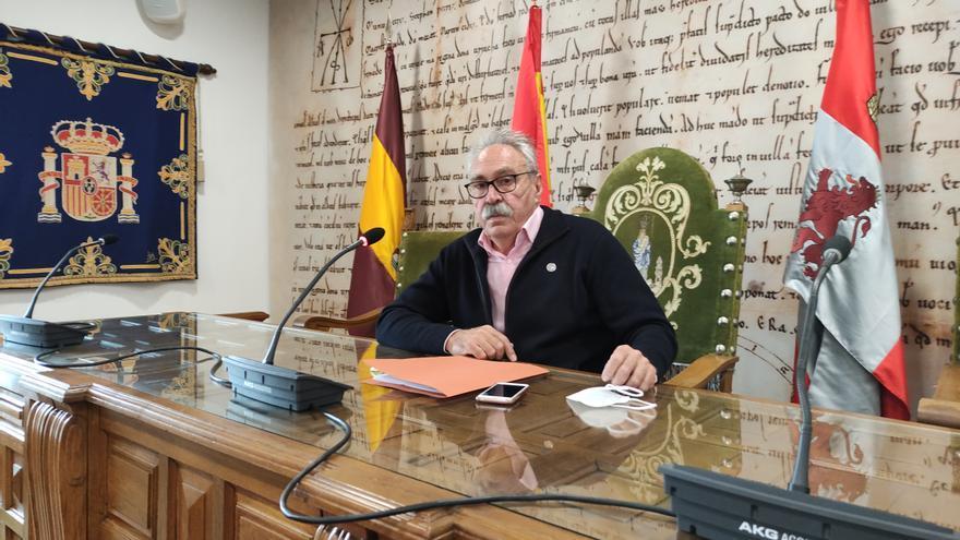 Desestimada la demanda de un agente de Policía Local de Benavente para el cobro del premio por jubilación