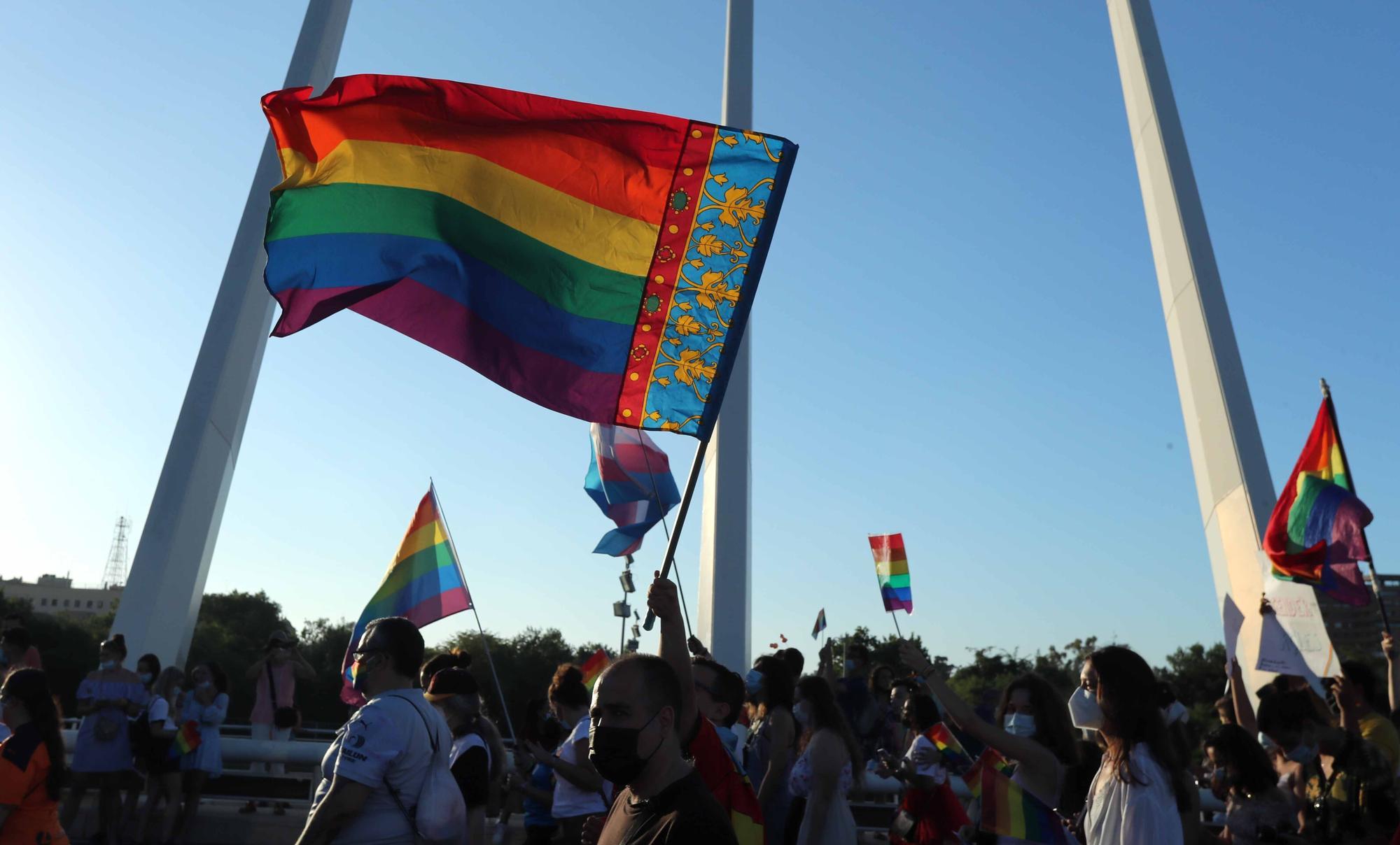 El mundo del deporte estuvo en el día del Orgullo LGTBI+ en València
