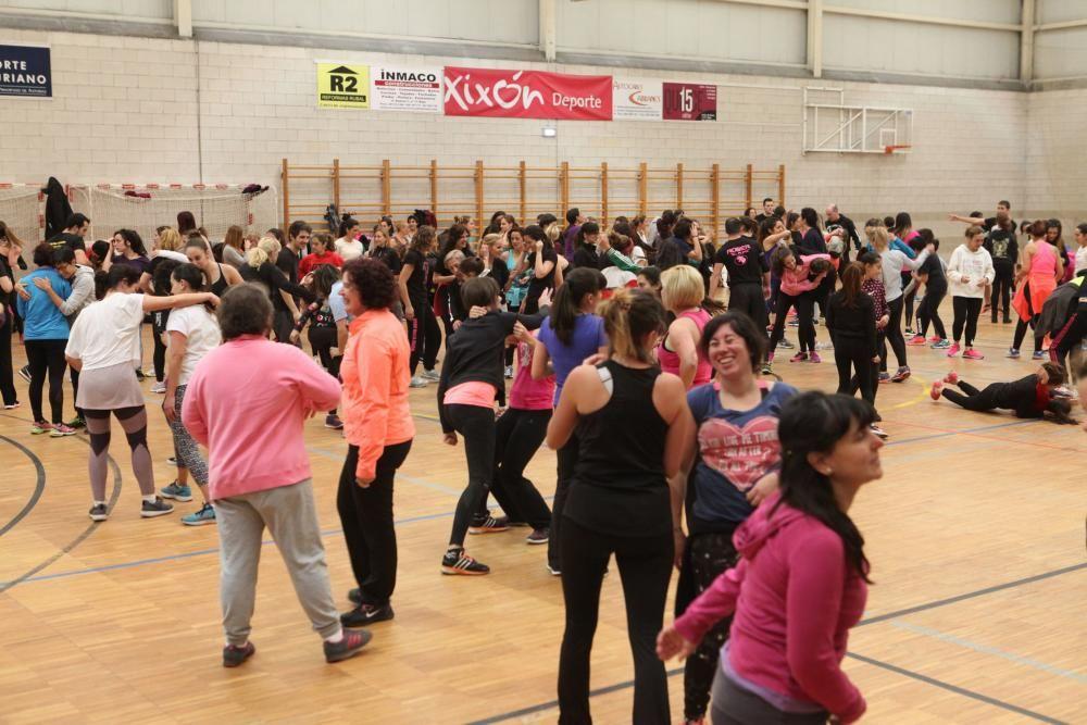 Seminario gratuito de defensa para mujeres en Gijón.