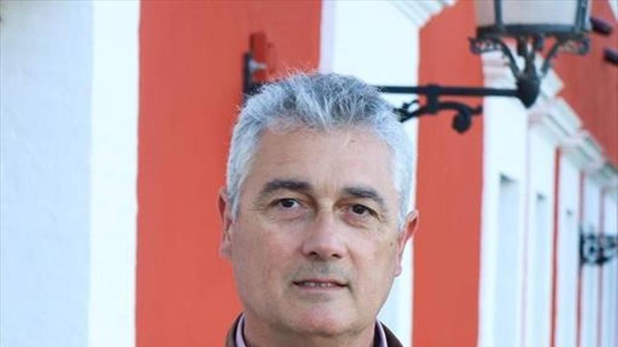 Alfonso Alcalde: «IU aportará continuidad, confianza y experiencia»