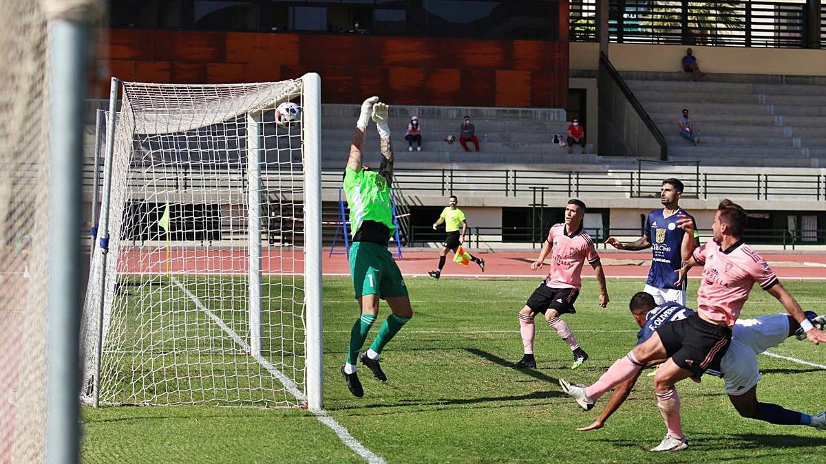 Chumbi y Juanmi Callejón marcaron dos de los tres goles del sábado ante el CD Marino