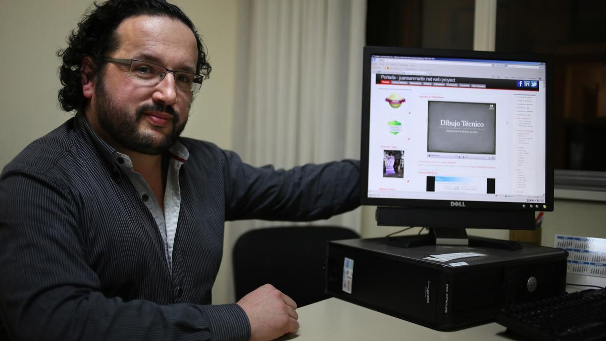 El profesor Juan Sanmartín.