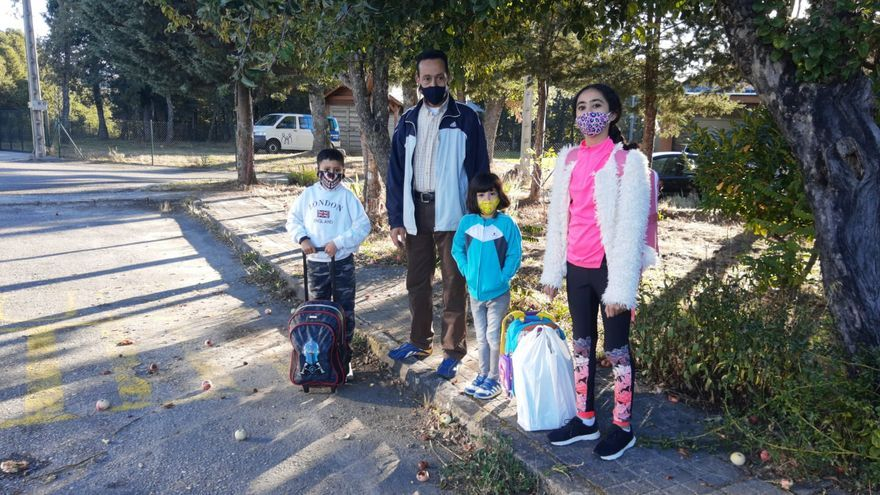 """""""Tenemos miedo"""", la reacción de un padre en el colegio de El Puente de Sanabria"""