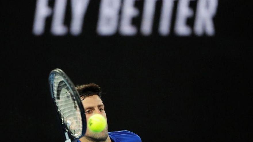 Djokovic barre a Pouille y jugará con Nadal la final de Australia