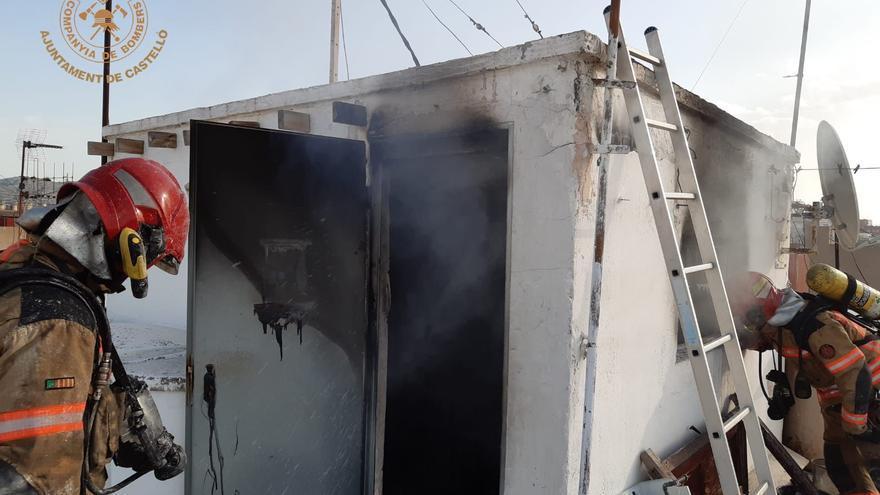 Incendio en una vivienda de la calle San Mateo de Castelló