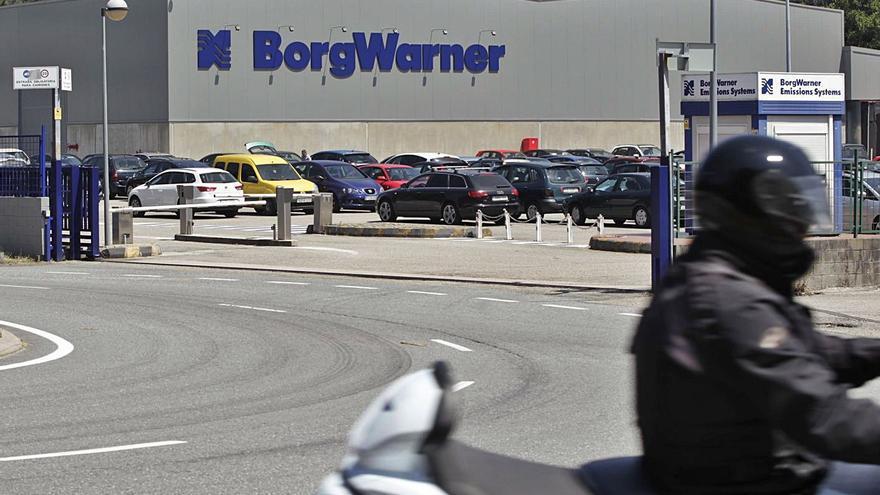 BorgWarner retira el ERE para 103 trabajadores y pacta con los sindicatos 60 bajas incentivadas