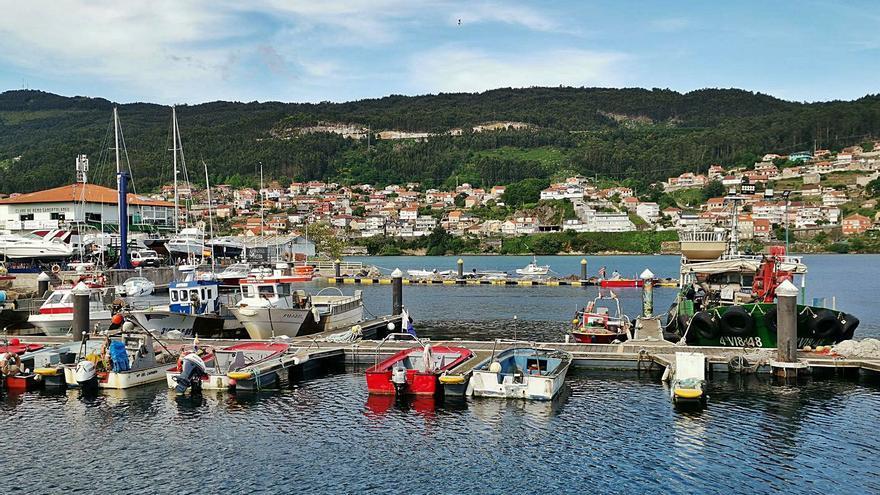 Los puertos de Meira y Domaio planifican sus usos