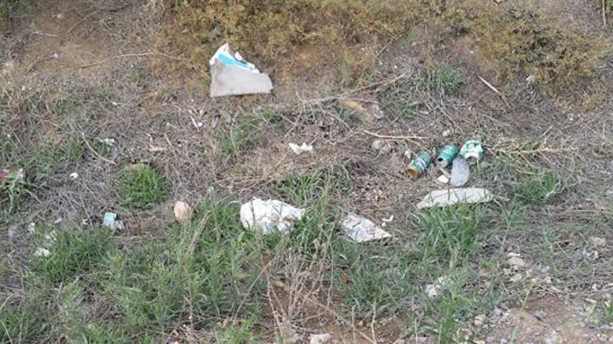 Sigue la polémica por la playa de Almardà