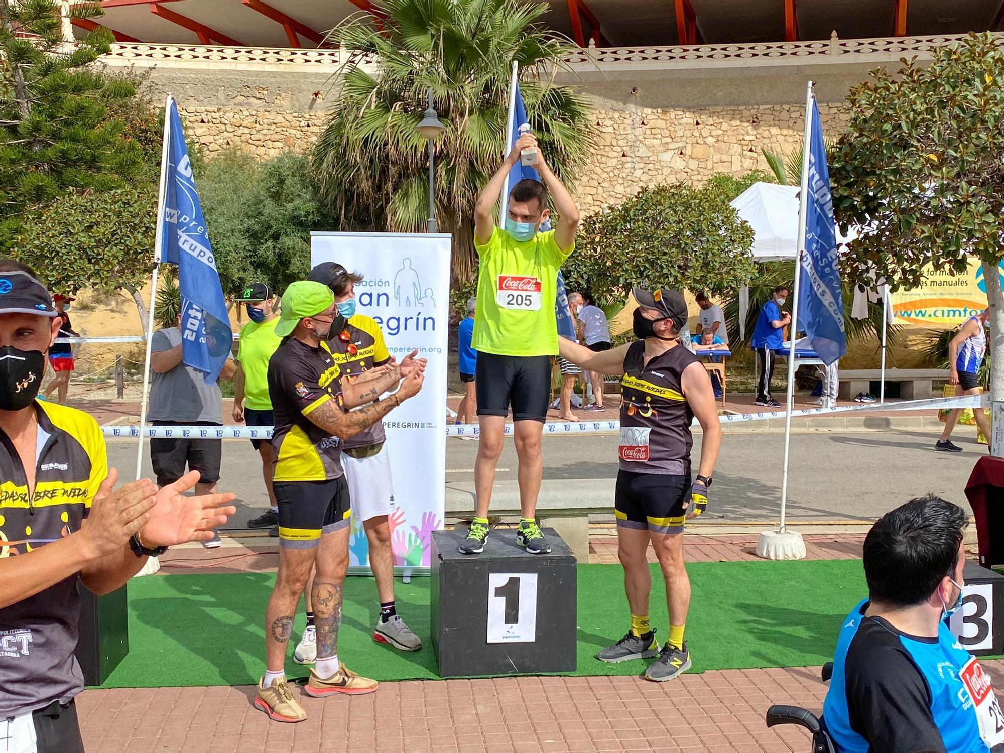 """Éxito de participación de la XIII carrera """"Carrer La Mar"""" de El Campello"""