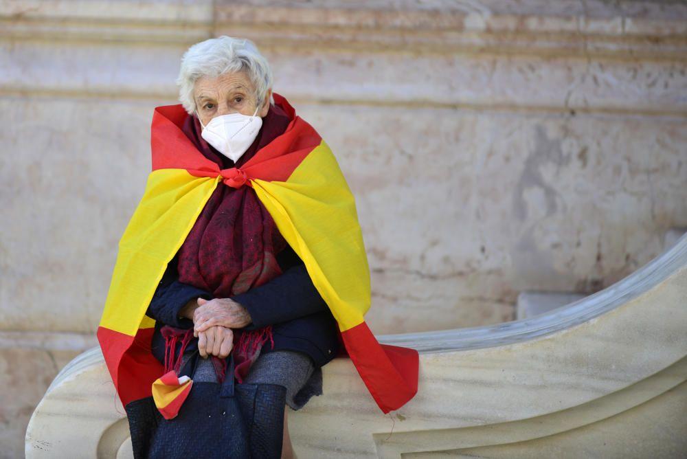 Vox y sus simpatizantes se concentran en Cartagena por la Constitución