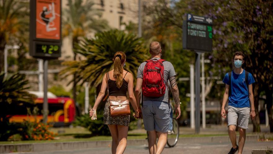 La UE acuerda permitir la entrada a turistas de EEUU pero no a los de Reino Unido