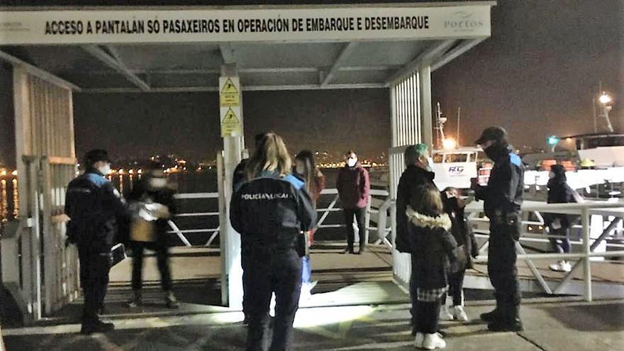 Policía Local y Guardia Civil peinan los accesos por tierra y mar para multar desplazamientos ilegales