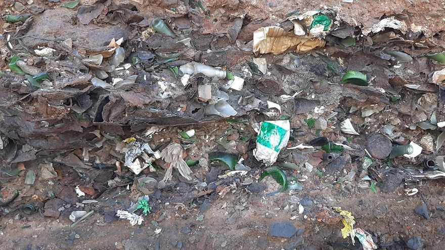 La basura ya forma parte del paisaje en Buenavista