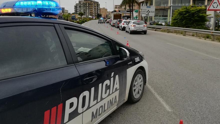 Dice a la Policía que hay un crimen y lo detienen a él por cultivar droga en Molina