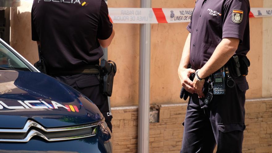 Encuentran a un joven de 28 años fallecido en su vivienda de Elda