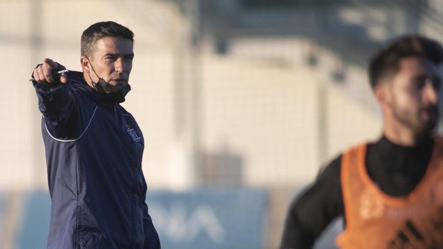 Luis Carrión ya entrena al FC Cartagena