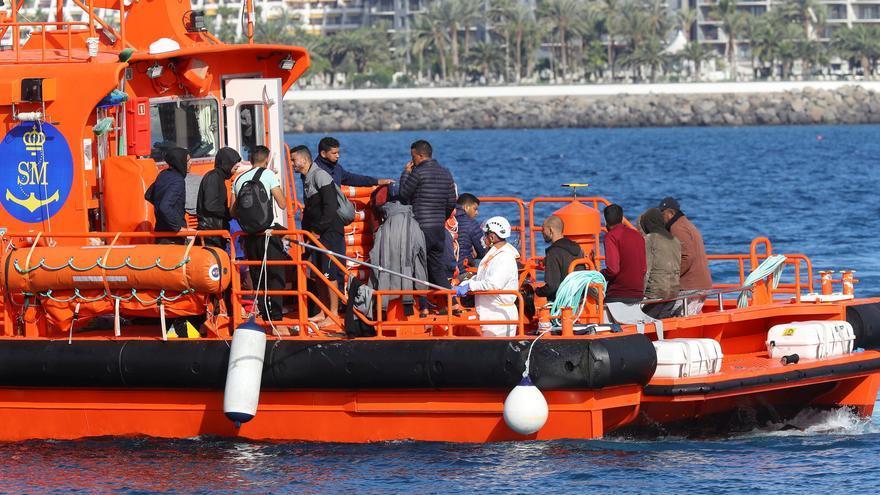 Trasladan a Arguineguín a otros 78 inmigrantes rescatados de tres pateras