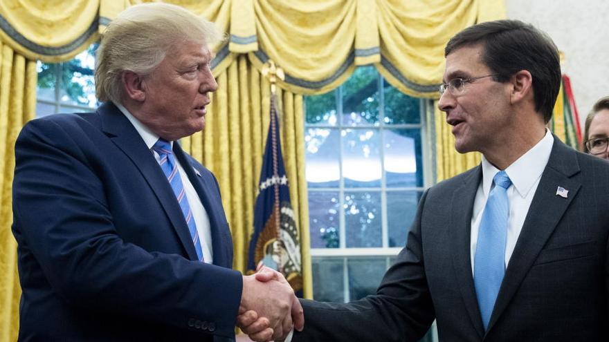 Trump despide al secretario de Defensa