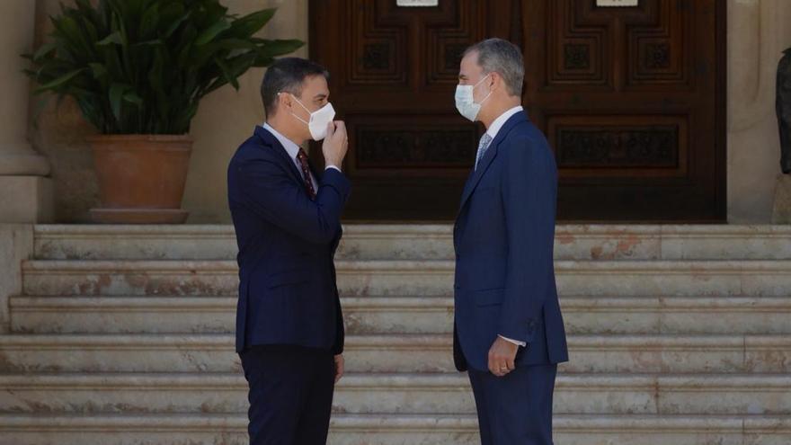 Pedro Sánchez se reúne con Felipe VI en Marivent
