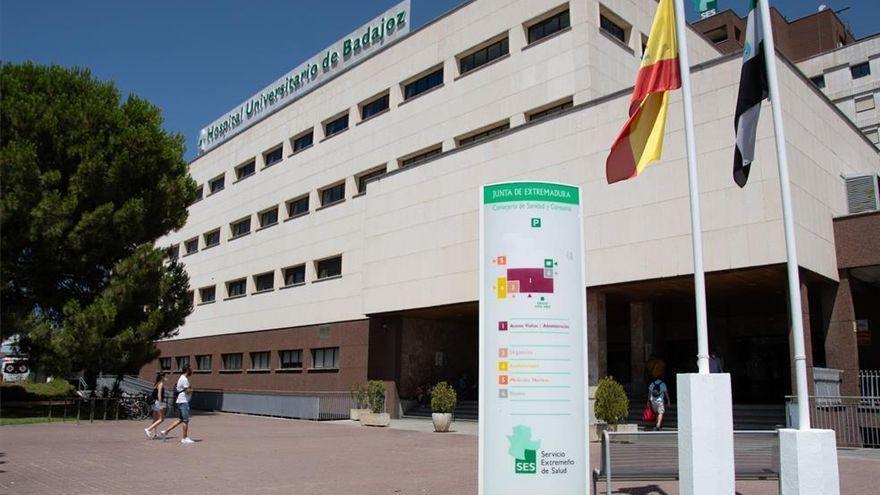 Fallecida una joven de 19 años y cuatro heridos en una salida de vía en Badajoz