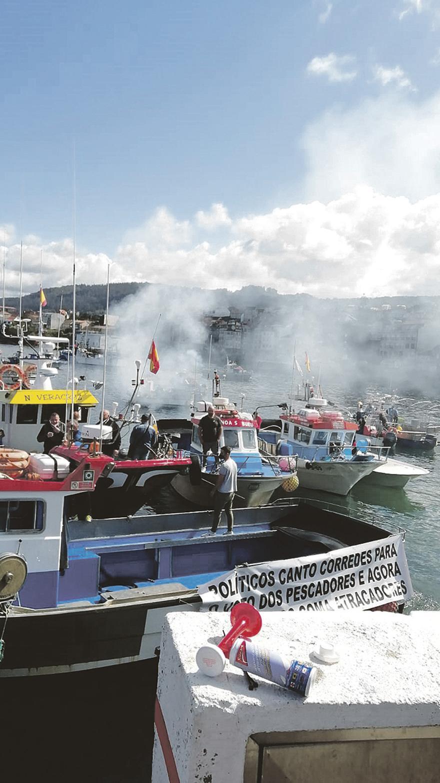 Manifestación de marineros en Bueu.   Gonzalo Núñez.jpg