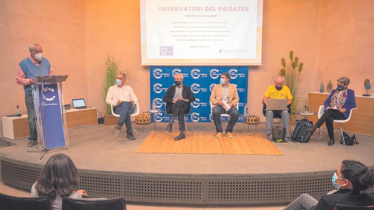 Los retos del Observatori del Paisatge fueron el tema central del debate