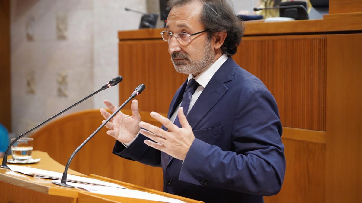 José Luis Saz, diputado de Ciudadanos, durante el debate eléctrico.