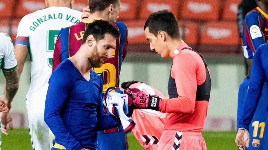 Edgar Badia asegura que le sorprendió que Messi le pidiera la camiseta