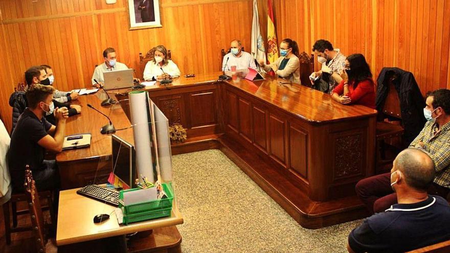 Piñeiro preside su último Pleno para formaliza su renuncia como alcalde