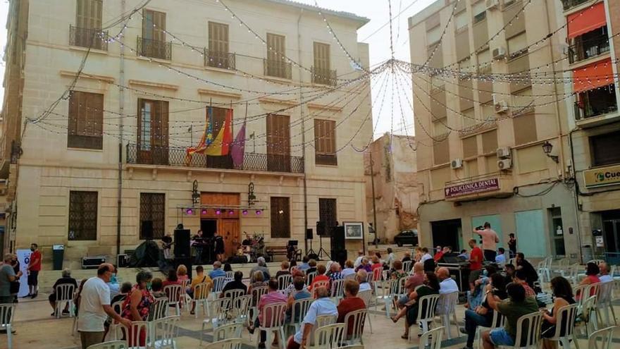 """""""Juliol a la fresca"""" se inicia con cine y un concierto de jazz en Monóvar"""
